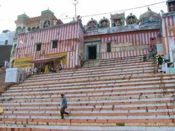 India-Varanasi-DSCF74961.JPG