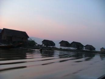 Myanmar-InleLake-DSCF3944.JPG
