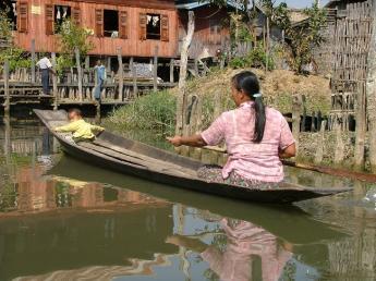 Myanmar-InleLake-DSCF4104.JPG